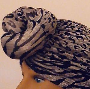 Accessories - Leopard Print Top Knot Turban